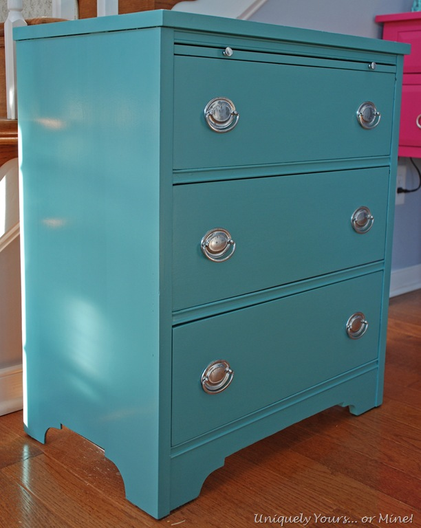 Cute Mahogany Chest