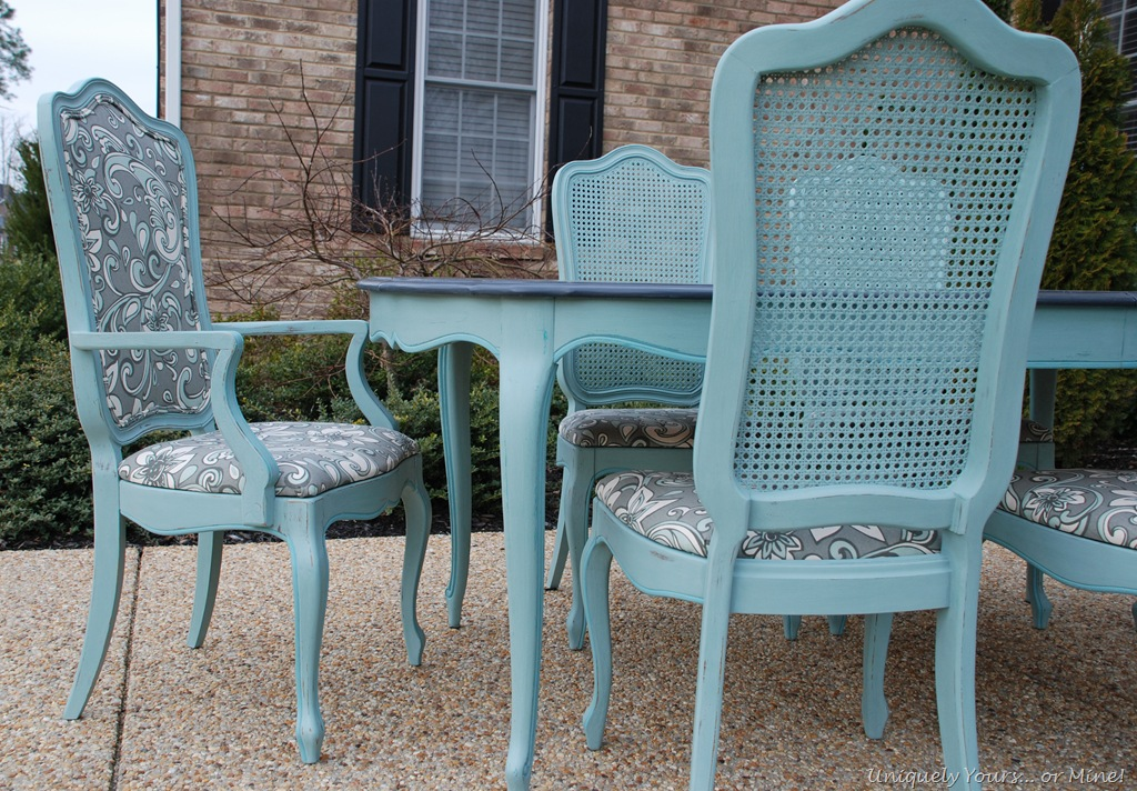 I Also Added A Little Pop Of Provence Chalk Paint In The Grooves Around Table And Chairs