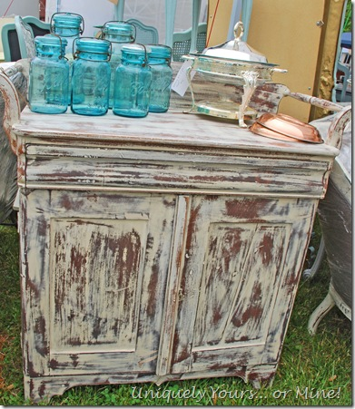 Painted vintage washstand bar