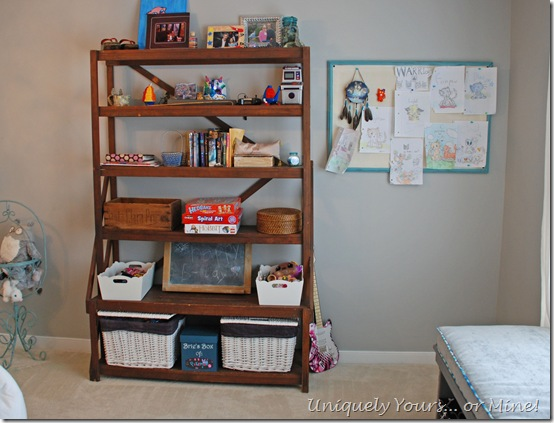 vintage shelf organizer