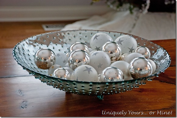 Christmas balls used as table decoration