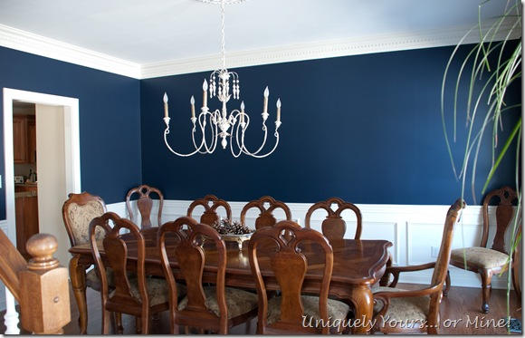 Navy blue dining room for Dining room ideas in blue