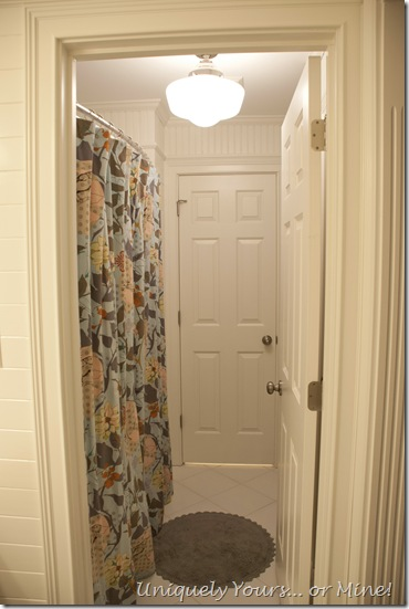 Custom shower curtain in tub area