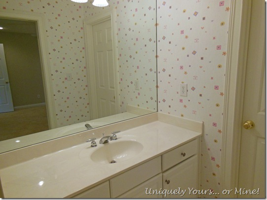 outdated bathroom makeover