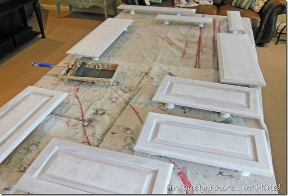 priming kitchen cabinets doors and drawers
