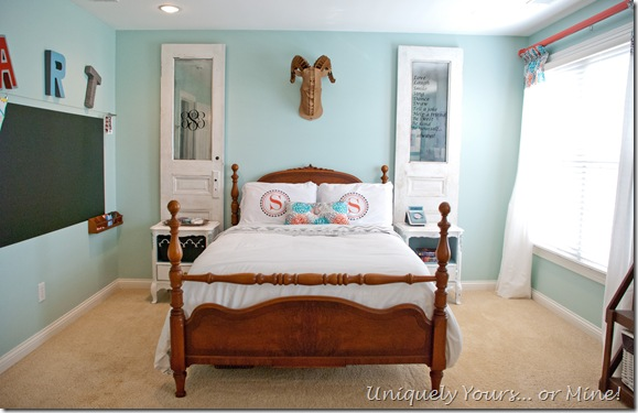 Teenage girl bedroom blue, coral & gray