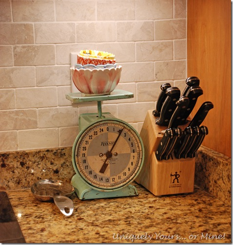 Useful decor in kitchen