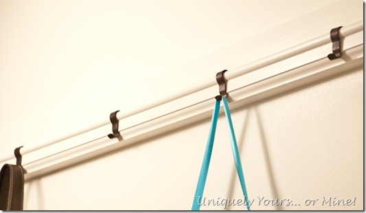 Using a picture rail in the closet