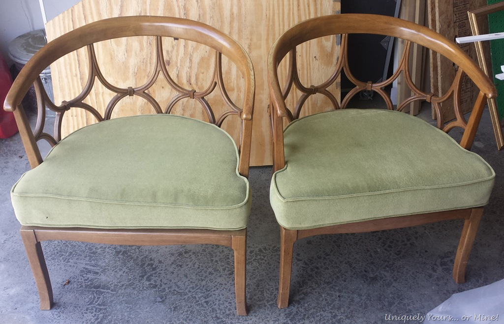 Superb Baker Mid Century Regency Modern Barrel Back Chairs