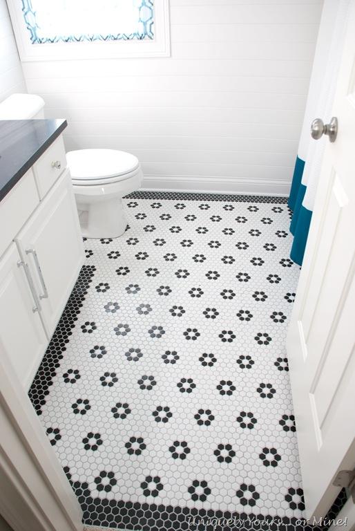 "Amazing DIY black and white 1"" hexagon mosaic floor with flowers New - Lovely black and white hexagon tile bathroom Plan"