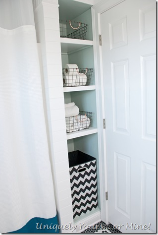 DIY linen bathroom cubby